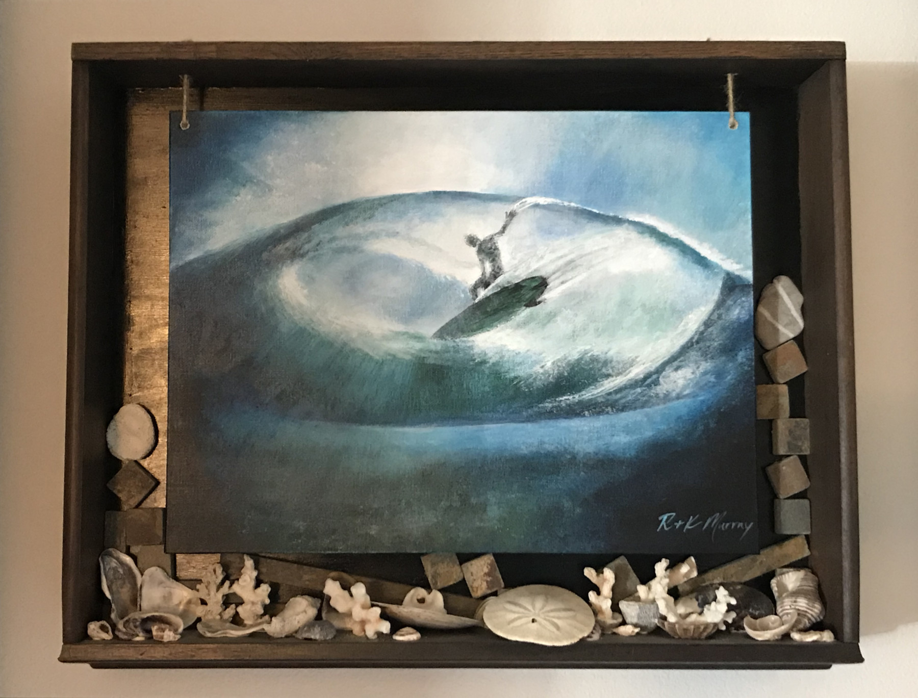 Surfer Shadowbox